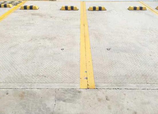 可拆卸重复使用全装配式临时停车位
